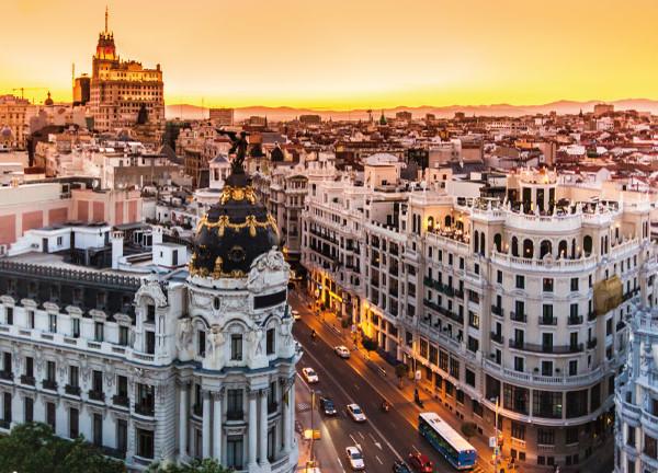 Metropolis Building - Intersectation of Alcalá & Gran Via Streets